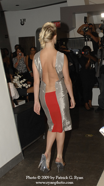 Backless*1.111