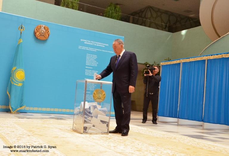 Nazurbayev*4002